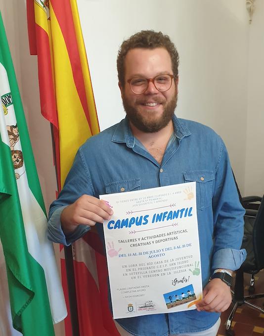 concejal-delegado de Bienestar Social e Infancia, Rafael Navarro Iribarnegary