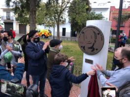 El loreño José Antonio García Muñoz 'Muñoles' ya cuenta con una placa en la Plaza Patronato 'D. Juan Coca'