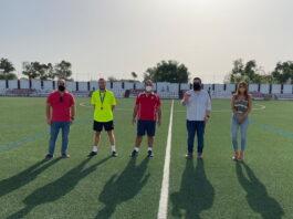 El PSOE de Lora del Río denuncia el abandono del campo de fútbol