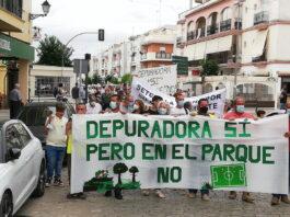 Setefilla reclama una solución para que no se instale una EDAR al lado de las casas y del parque infantil